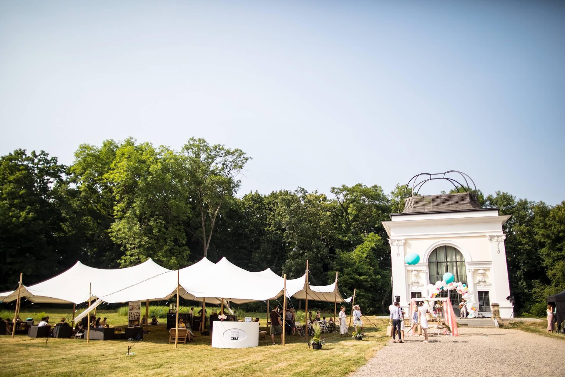 Wedding-Market-Leipzig-Sommer-Edition-2018-Das-beste-Zelt-im-Kees'schen-Park-(c)-Anne-Schwerin.jpg