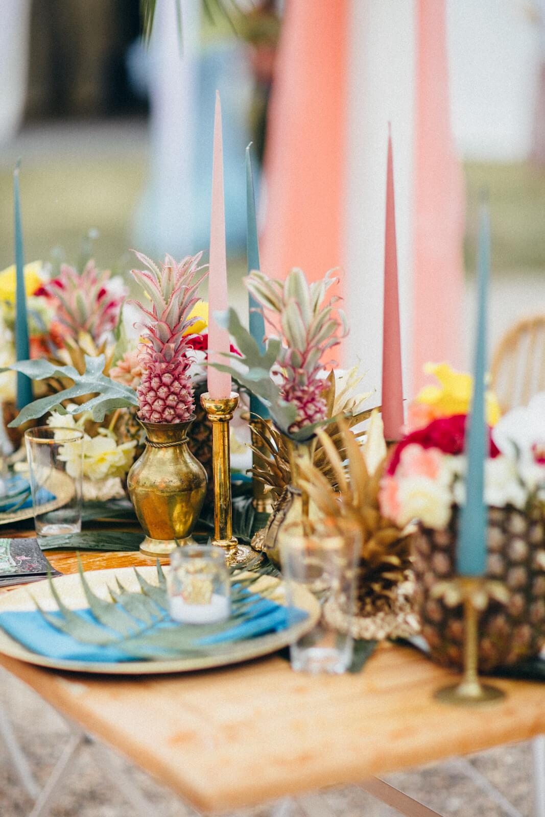 Wedding-Market-Leipzig-Sommer-Edition-2018-Tisch-von-massivum-Deko-von-Saltoflorale-(c)-Andy-Paulik