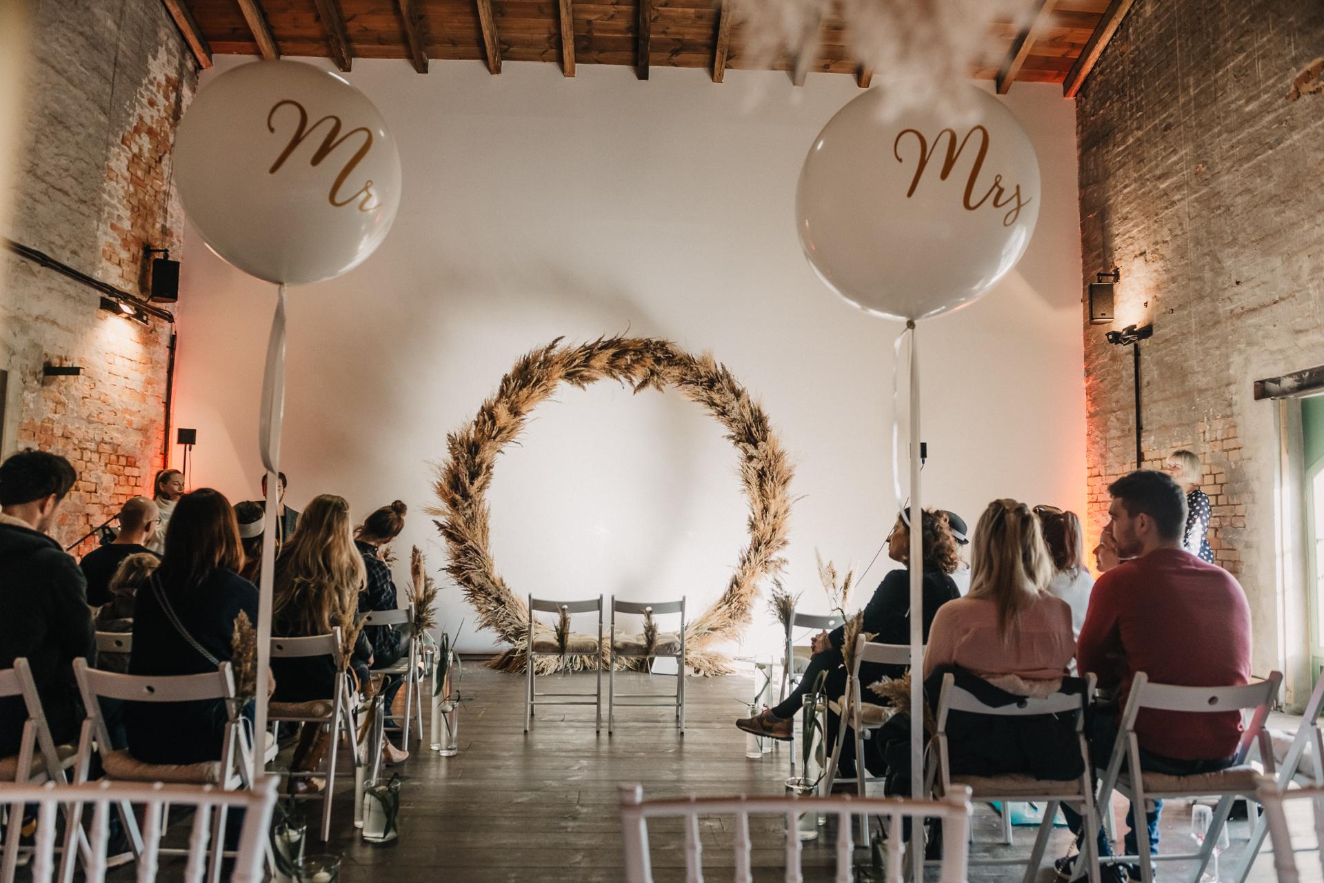 Zweinander-LeonoreHerzog-WeddingMarket-OnTour20191110-9020